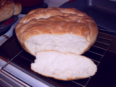 How to make homemade bread from scrtach?