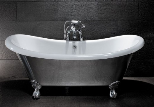 Polished Roll Top Bath