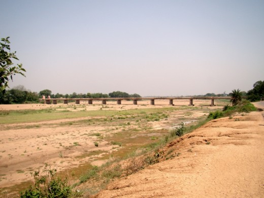 The dry bed of Darakeswar river