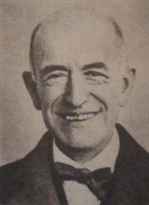 "Manuel de Falla; Photo taken from the magazine ""THE NATION, A Century in their columns."""