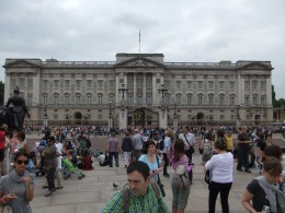 Buckingham Palace and the crowds of tourists, taken from the Victoria Memorial