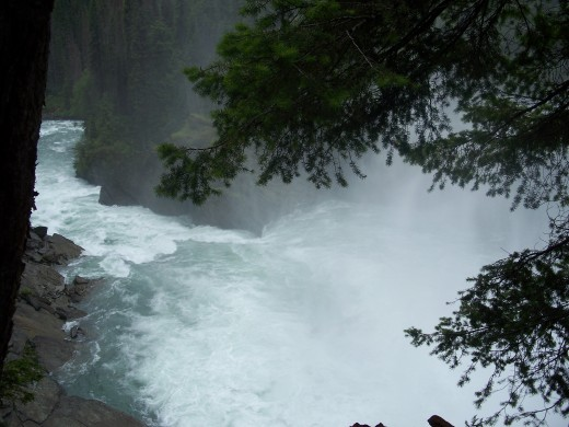 optional hike to waterfall - incredible