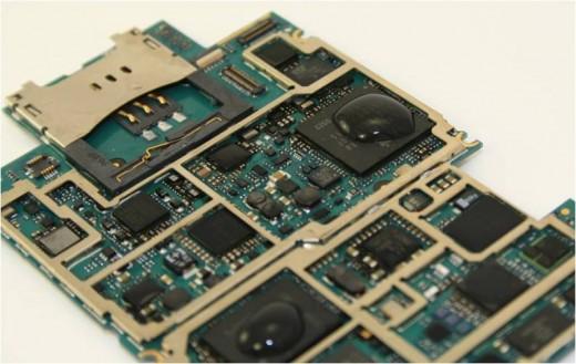 Water Damaged iPhone 3GS Logic Board