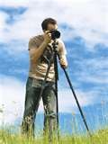 Travel Tripods under 2 pounds for your digital camera - new lightweight material make traveling with a tripod easier