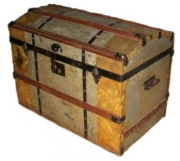 A trunk used by immigrants from Sweden to carry their possessions.