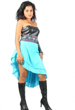 Rekha looking beautiful
