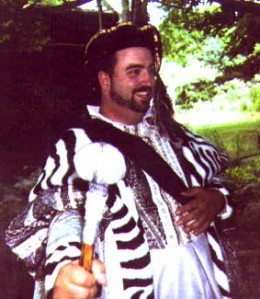 Here I am at my counsin's wedding. He had a medieval theme, and with a last name like Henry, how could I not arrive as King Henry VIII?
