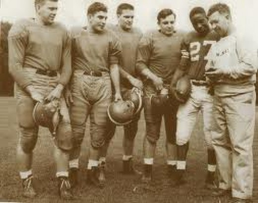 Willie Thrower and his Michigan State teammates.