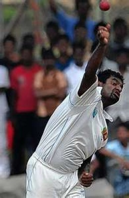 Murali bowling: Not always the prettiest sight
