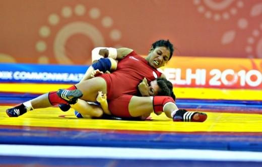 Alka Tomar Winning Wrestlign Gold- Coomonwealth 2010