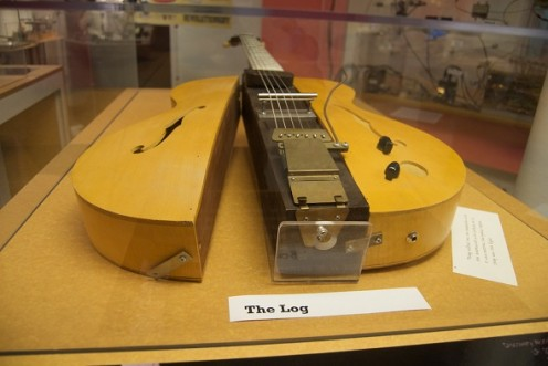 Les Paul's famous Log Guitar