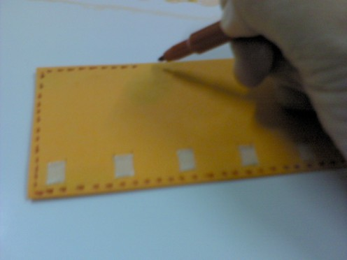 Use marker to draw dotted lines on 4 sides