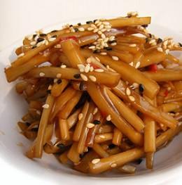 Burdock stir-fry