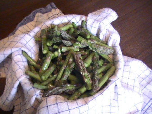 Baby Asparagus is a Fantastic Raw Snack!