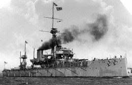 This is a WWI circa Dreadnaught class battleship. Early versions used a triple valve steam engine. Later models used a steam turbine.