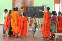 Volunteer teaching jobs abroad