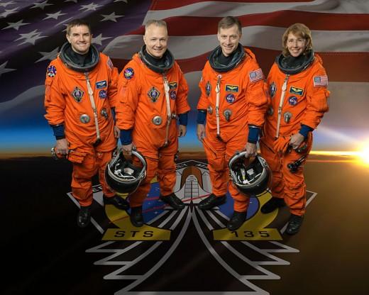 Rex Walheim, Doug Hurley, pilot; Chris Ferguson, commander;  Sandy Magnus.