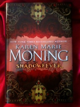 Even the photo, the unique cover of latest in the Karen Moning Fever Series, Shadowfever, is beautiful.