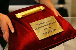 Wispa GOld bar from luxuo.com
