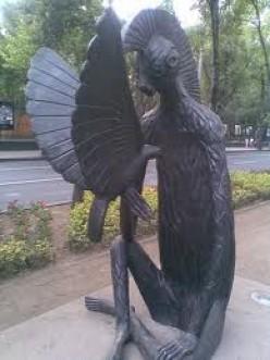 Miquito Pajarero Sculpture