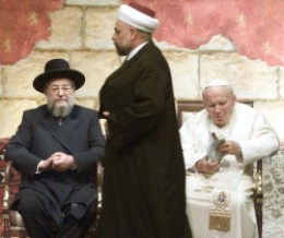 Pope John Paul II, Jewish Rabbi and Muslim Imam meeting to promote interreligious dialogue, based on mutual respect and cooperation for the common good.