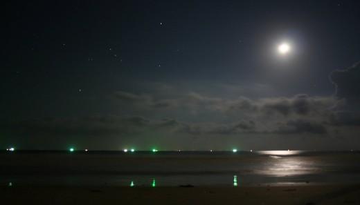 """Bild """"Vollmond-Nacht-Meer"""" von bilder.n3po.com"""