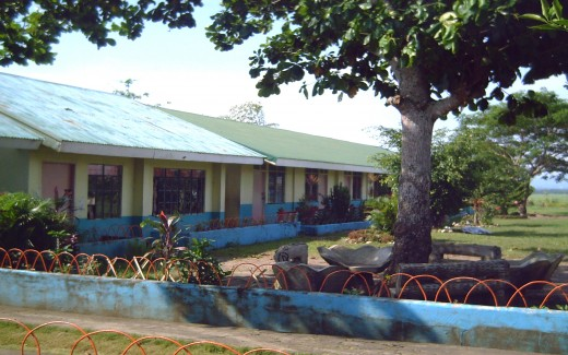 School premise (Photo by Travel Man)