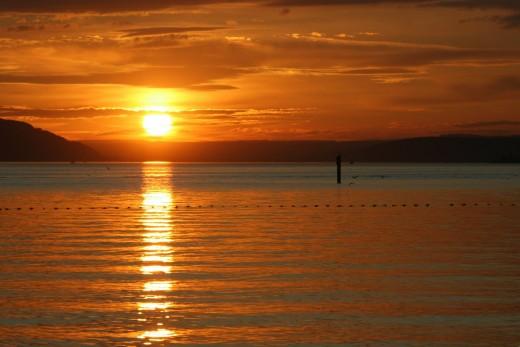 """Bild """"Goldene-Abendsonne"""" von bilder.n3po.com"""