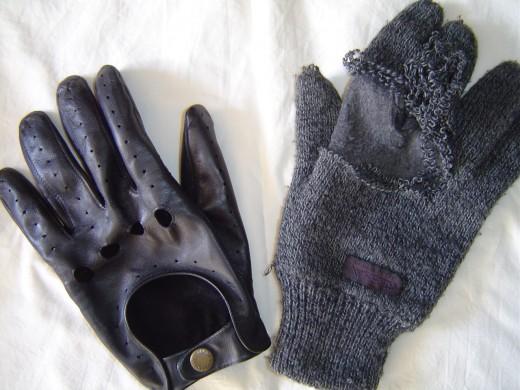 The difference between woolly and leather gloves at speed!