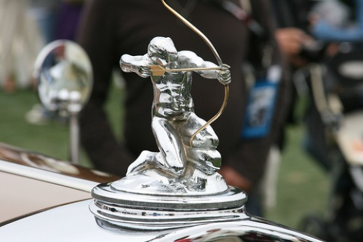 Pierce Arrow Hood Ornament