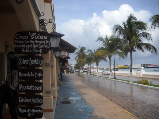 Downtown shopping area in Cozumel