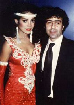 Latoya with former manager & ex husband Jack Gordon.