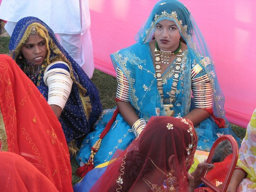 Rajasthani Women in beautiful traditional attire