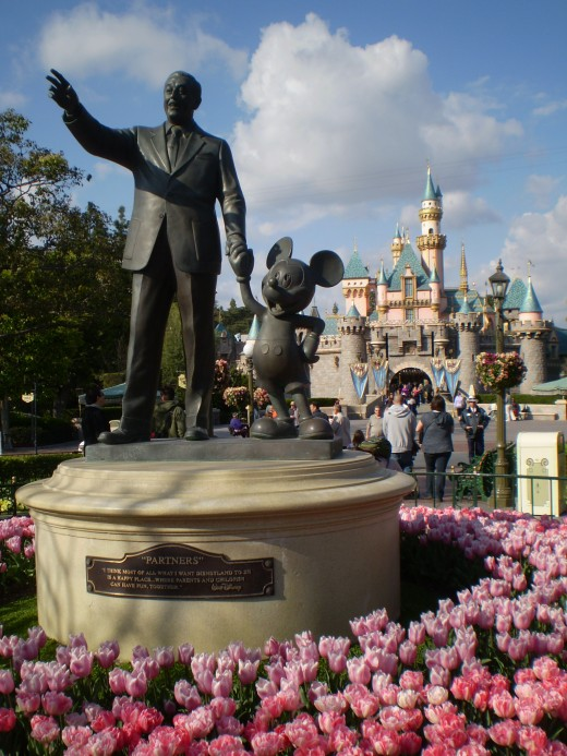 """The Statue"" at Disneyland"