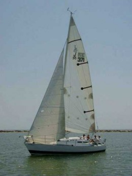 The J/30 is a wonderful racer/cruiser first introduced in the late 1970s