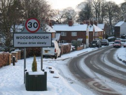Woodborough Bank Hill in the Snow- a precarious descent!