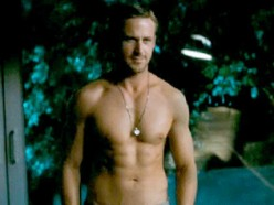 Even Ryan Reynolds admitted that Ryan Gosling's abs were beautiful.