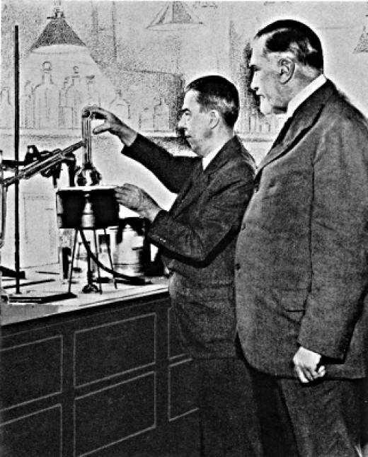 Alexander Gettler (left) and Dr Charles Norris