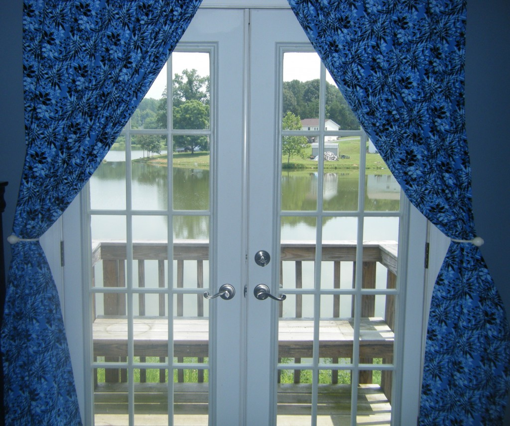 Homemade Valances For Windows : Easy to create homemade curtains for windows and glass doors