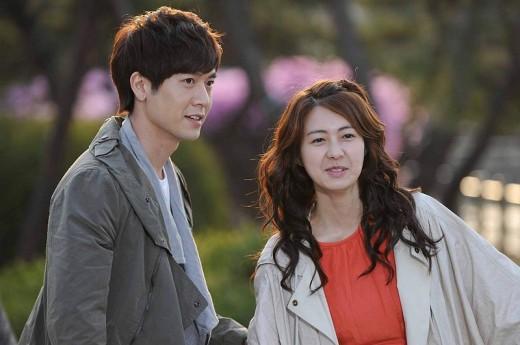 Han Kang & Song Lee-Kyung