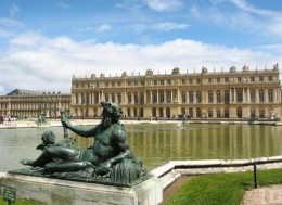 Palace at Versailles fountain statue