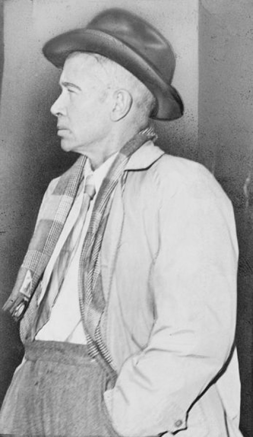 E.E. Cummings in 1953
