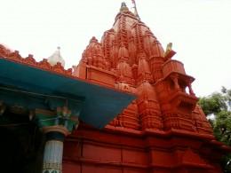 The tall pinnacle of Bramha temple, Puskar