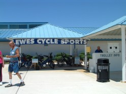 Lewes Cycle Sports at the Lewes Ferry Terminal rents bicycles.