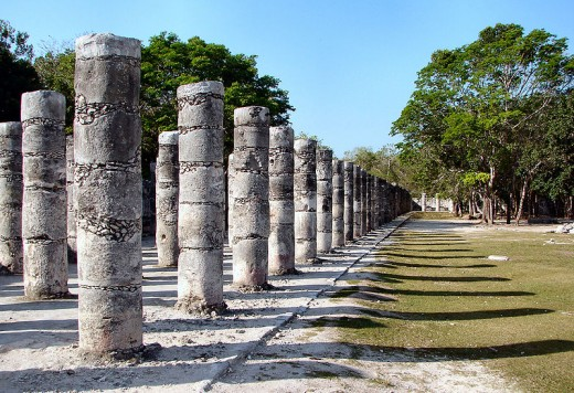 Chicken Itza warriors columns.