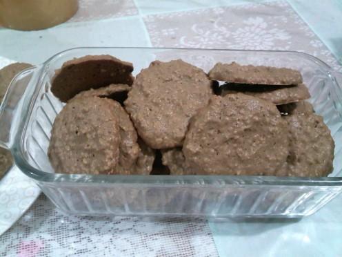 chewy-choco oatmeal cookies