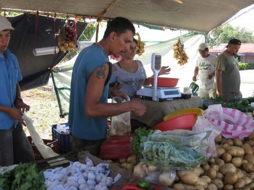 Saturday Farmer's Market in Esparza, Costa Rica