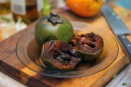 Black sapote split