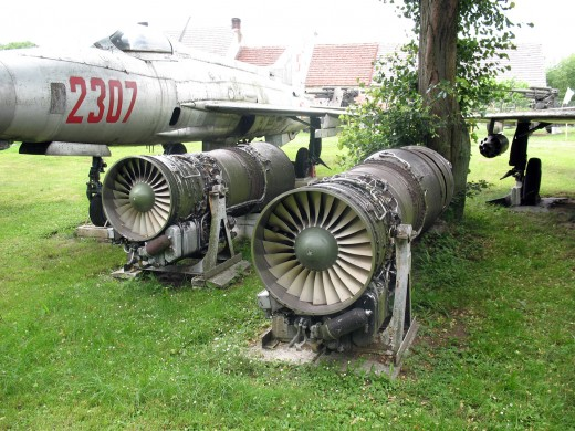 Fighter Jet Aircraft Engines