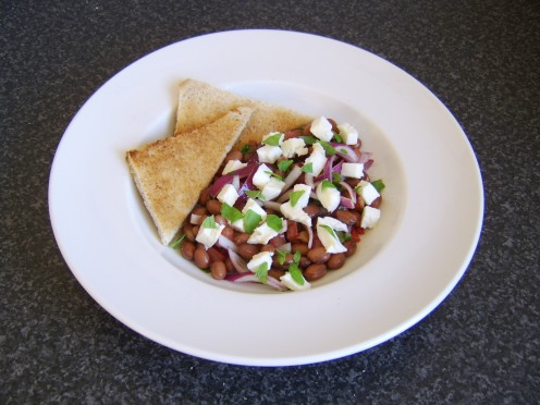 Borlotti bean and mozzarella salad with toast